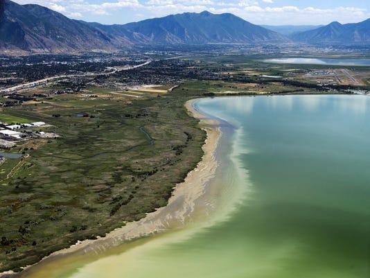 Toxic Algae Utah Lake_Gras (1)
