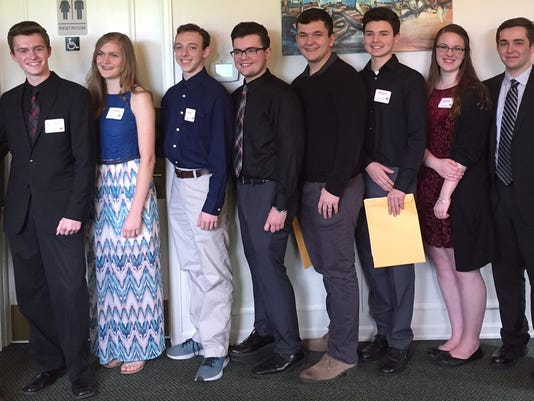 Harold-J.-Withnell-Music-Scholarship-Recipients-with-Dick-and-Gayle-Withnell.JPG