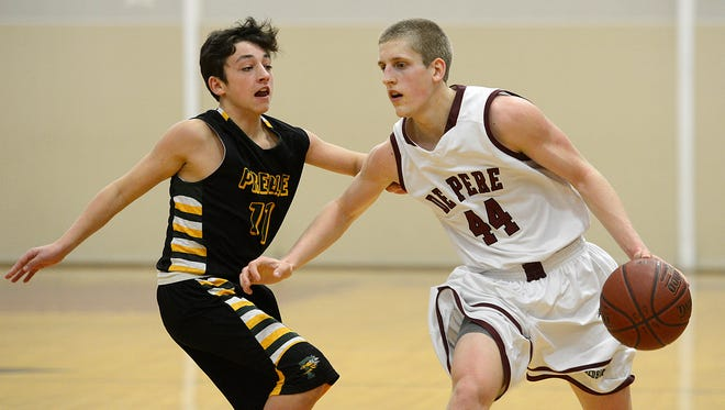 De Pere's Brevin Pritzl came up 14 points short of the metro all-time scoring record.
