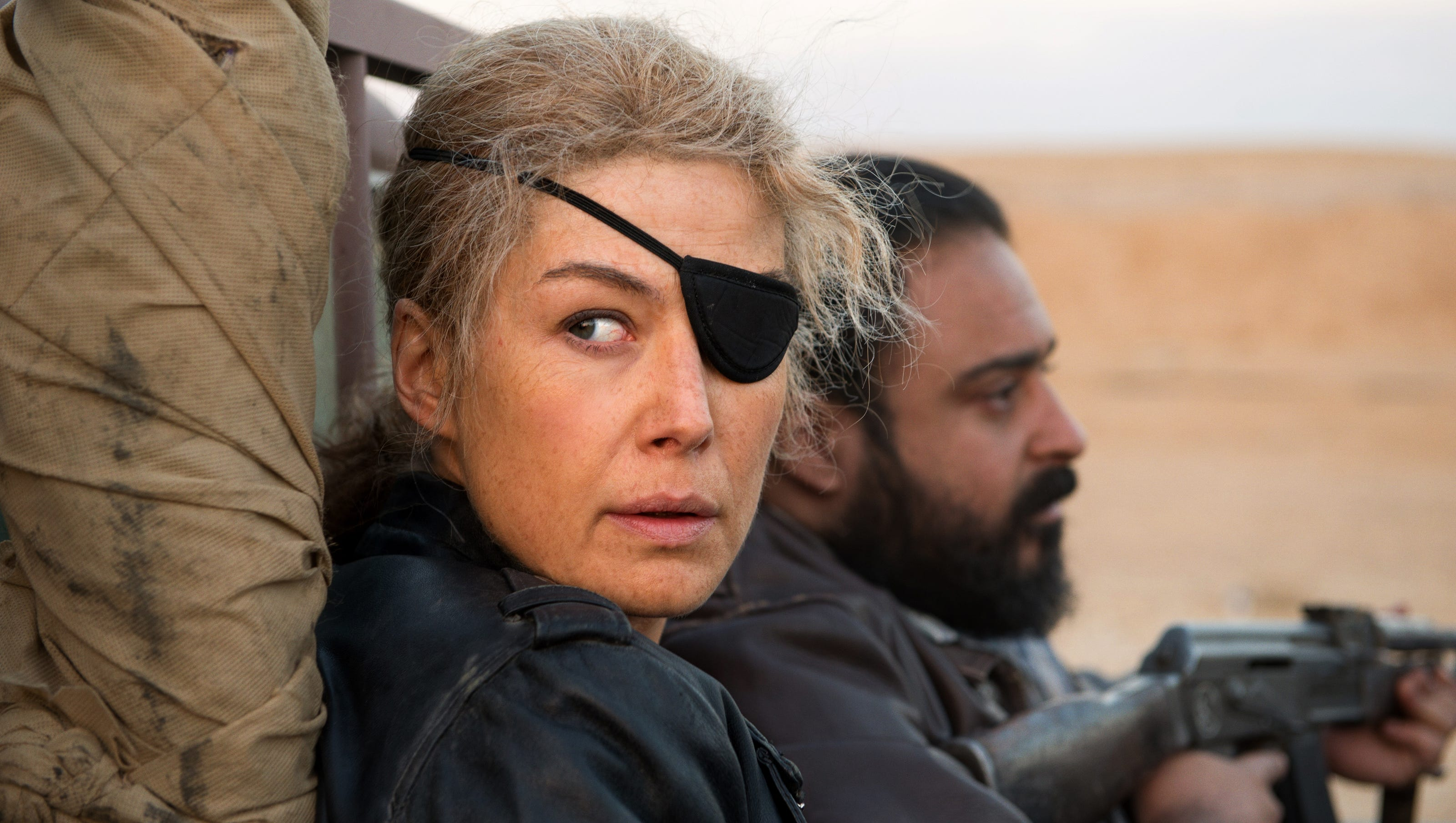 Exclusive trailer: Rosamund Pike fights 'A Private War' as ...