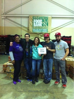 Volunteering at local food pantries like Gleaners is a great way to bond with colleagues during the holidays.