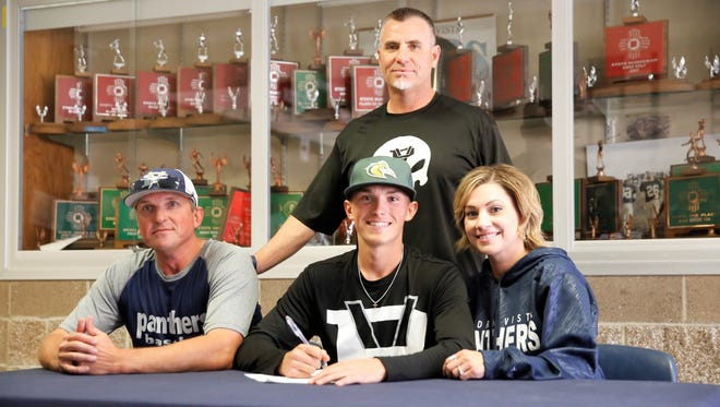 Piedra Vista's Deylan Pigford signed his letter of intent on Monday to continue his baseball career at Midland College.