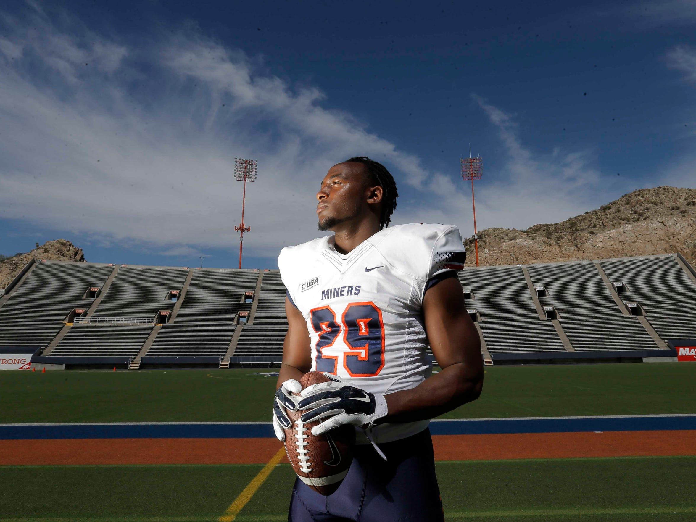 UTEP running back Aaron Jones