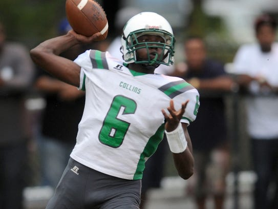 Collins quarterback Hershey McLaurin throws the ball