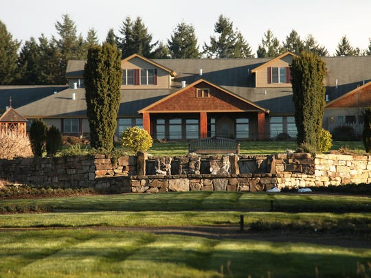 The Oregon Garden Resort in Silverton overlooks The