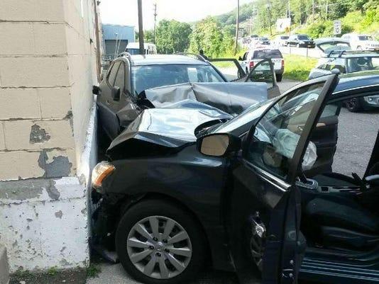 Hillburn crash2