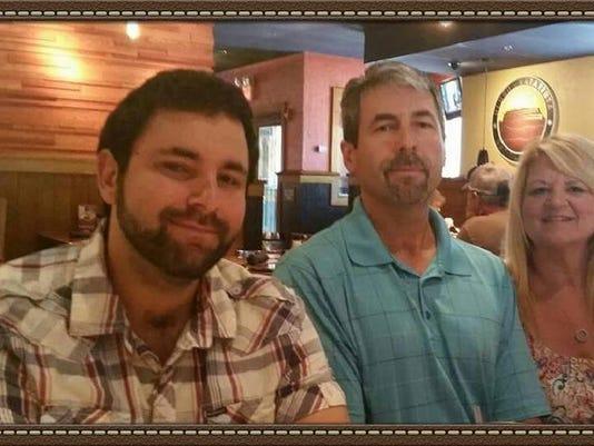 Sykes family - Bryson, Travis and Denean_n