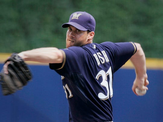 Milwaukee Brewers  pitcher Dave Bush pitches a 2 hitter
