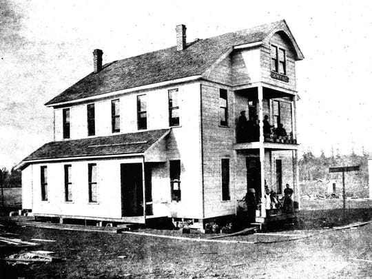 The Shepard House Hotel in Scotts Mills was built in the early 1890s. It was demolished by the 1930s.