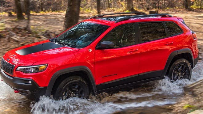 Jeep Cherokee Makes Debut With New Turbo Engine Option