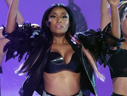 Minaj performs at the 2015 Billboard Music Awards at