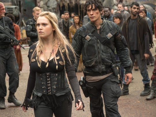 """Care to see more of Eliza Taylor and Bob Morley in CW's """"The 100""""?"""