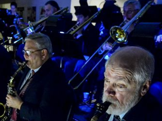 Unforgettable Big Band presents the second annual Big Swing Thing at the Valencia Ballroom.