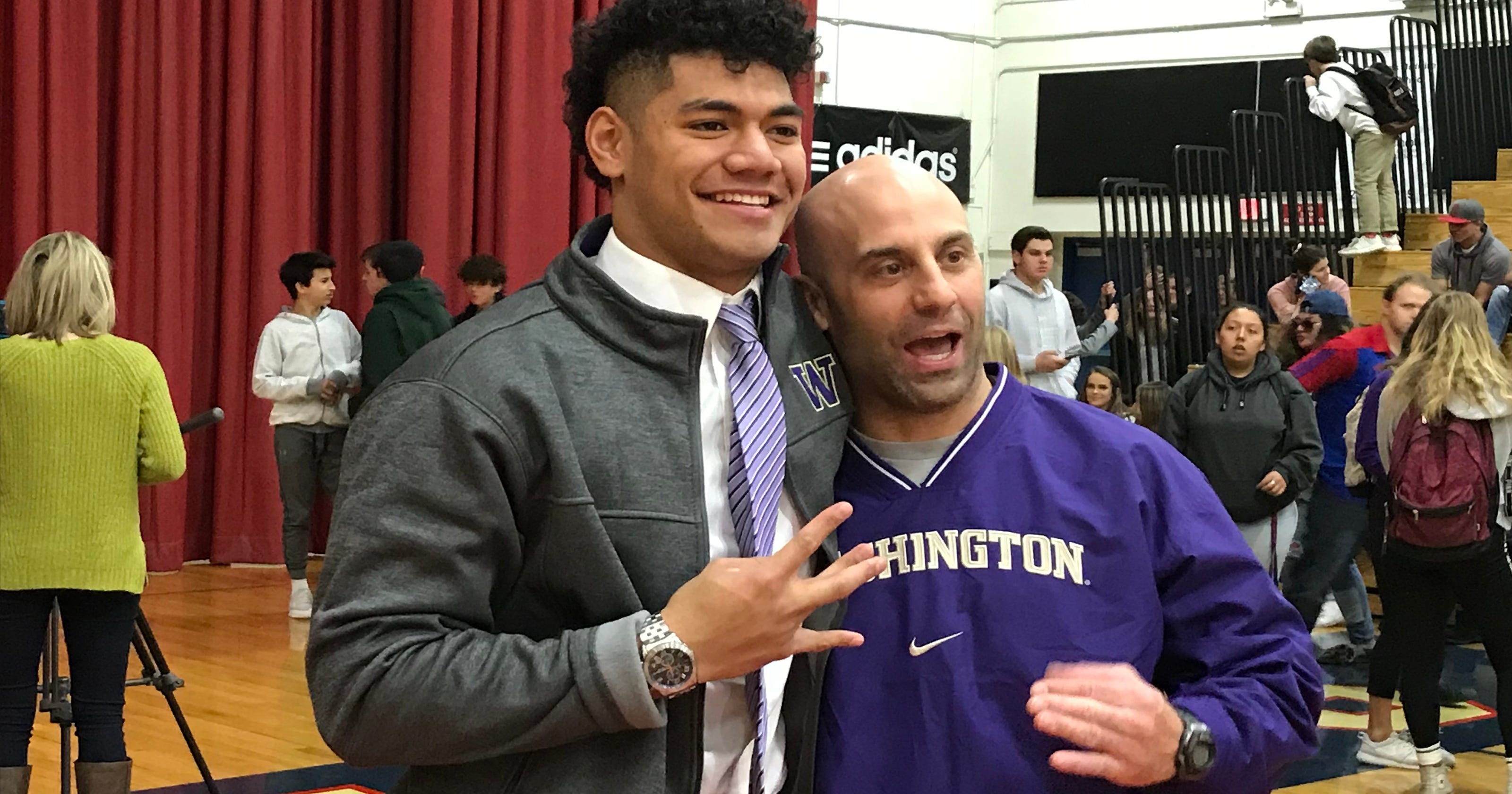 Brandon Kaho, a senior at Reno, signed with Washington on