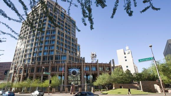 Las exposiciones serán presentadas en el Ayuntamiento de Phoenix. Michael Chow/The Republic GOOGLE 10/8/07   Exterior of 200 W. Washington St. in Phoenix (city hall).  MICHAEL CHOW/THE ARIZONA REPUBLIC
