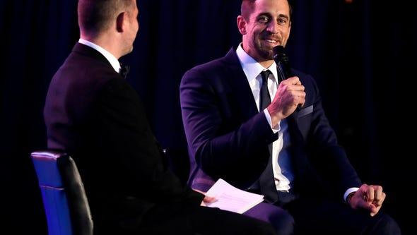 Aaron Rodgers has a sit down talk with Brett Christopherson