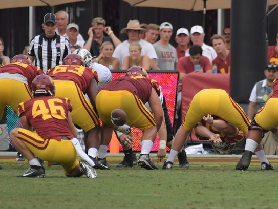 Sep 2, 2017; Los Angeles, CA, USA; USC long snapper
