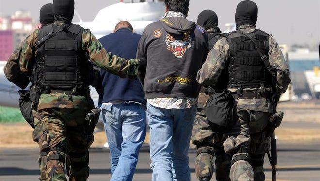 Cervantes, alias el tomatón o jitomatón, participó con la Familia Michoacana de octubre de 2006 al 20 de enero del 2010, cuando fue detenido por fuerzas federales en un operativo en Apatzingán, en el occidental estado de Michoacán.