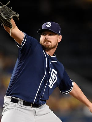 Travis Wood pitching for the Padres on Sept. 25, 2017.