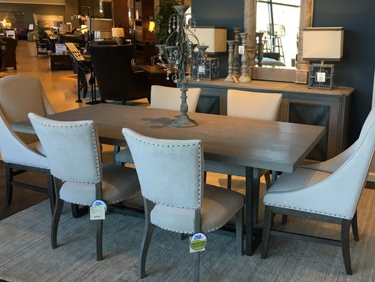 Futsu Furniture Trends Update : Smal changes can update home decor