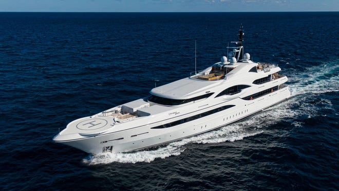 """""""Quantum of Solace"""" has a cruising speed of 15 knots."""