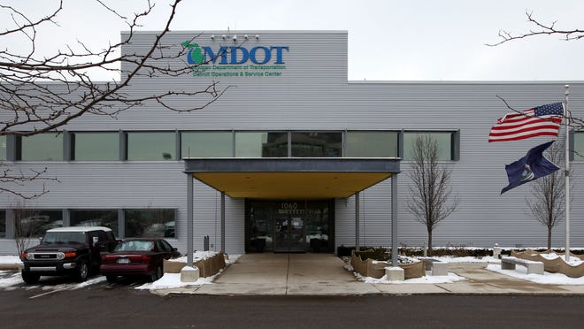 At the MDOT road-monitoring facility in Detroit, MDOT monitors more than 300 cameras on the roads for accidents, construction and bad weather. The goal is to keep the traffic on the roads clear and moving safely to avoid major bottlenecks and accidents.