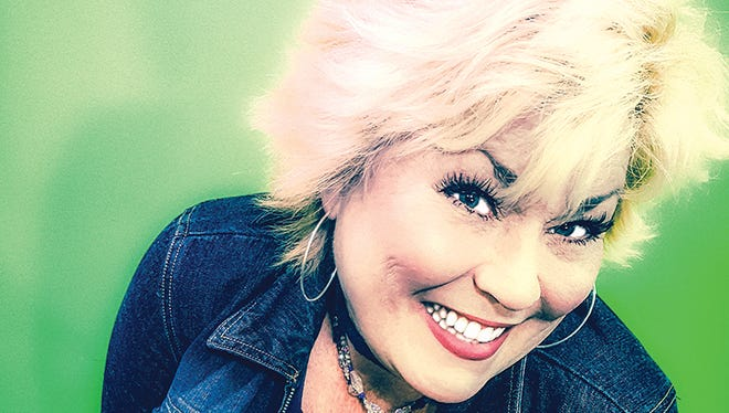Roxie Dean will perform at the 14th Annual Holiday Fireside Concert at the Bowie Park Nature Center this Saturday, December 9.