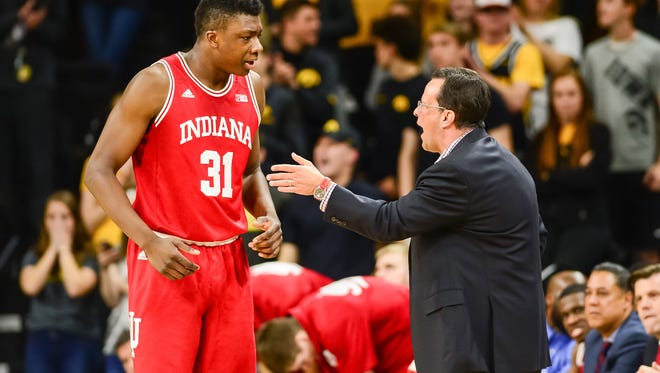 Indiana Hoosiers head coach Tom Crean talks with center Thomas Bryant (31) during the first half against the Iowa Hawkeyes at Carver-Hawkeye Arena.