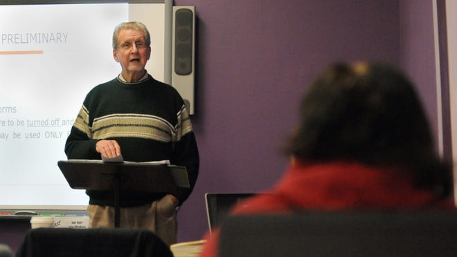 Richard Smith teaches an Ohio Christian University Transformed Worldview class at Fairfield Christian Academy in Lancaster. The Ohio Christian University Lancaster branch is offering new programs for students.