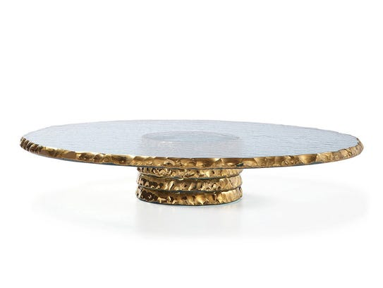 The edges of this Anniglass cake plate are covered