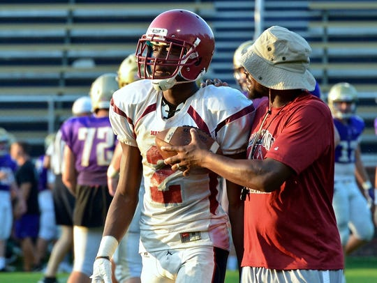 Maplewood wide receiver Kendrell Scurry (2) is the state's 30th ranked prospect.