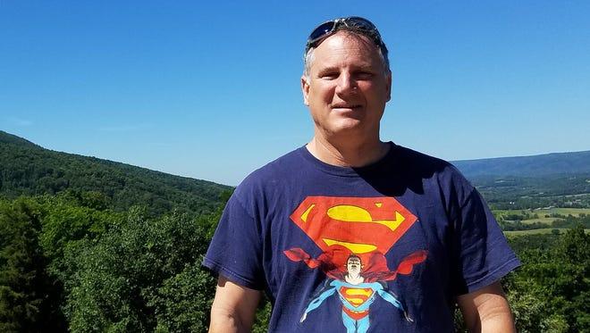 Longtime Jefferson Middle School teacher Scott Guisbert died Wednesday after a short battle with pancreatic cancer.