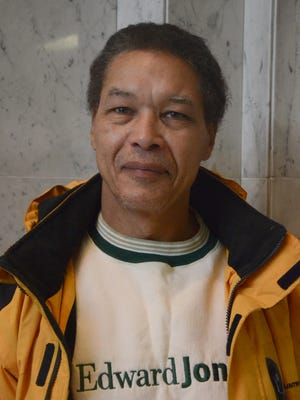 Leonard Davidson, a Ward 2 candidate in the Battle Creek City Commission race, said he has moved on from his past after being released from prison in 2009. The self-employed handyman and volunteer at Washington Heights United Methodist Church faces incumbent Lynn Ward Gray.