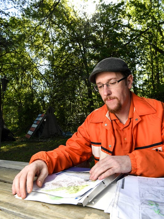 Missing man found by Navy veteran