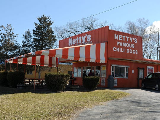 Netty's Famous Chili Dogs, at 9410 E. Harbor Rd., in