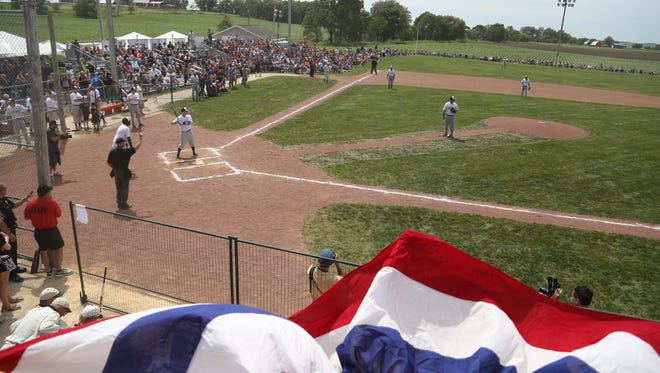 """A celebrity softball game is Saturday's centerpiece for a 25th anniversary celebration of the movie """"Field of Dreams"""" outside Dyersville."""