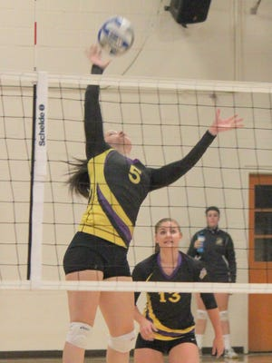 Western's Sheila Menezes has been a factor during play for the Lady Mustangs at the net.