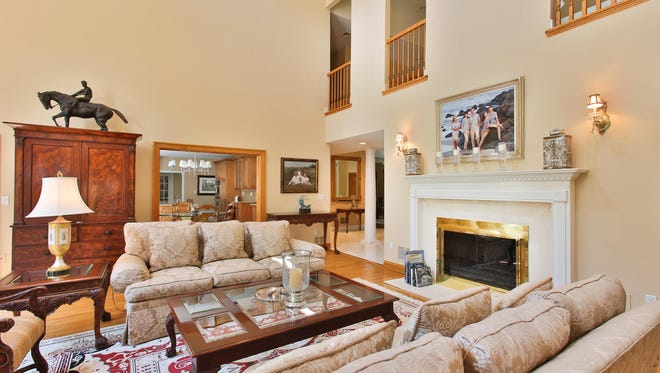 The living area at 1 Harding Lane in Rumson.