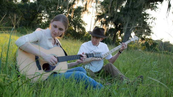 Husband and wife duo Ordinary Elephant will perform at Sacred Grounds at 7:30 p.m. Saturday.