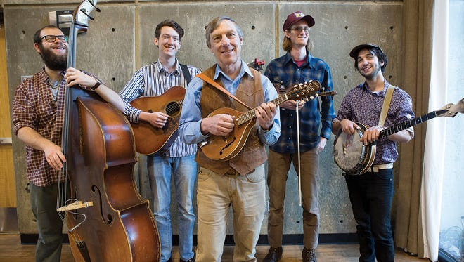 With Wayne Erbsen in center, the Warren Wilson College bluegrass band dips deeply into the wellspring of classic bluegrass material by Bill Monroe, The Stanley Brothers and Jimmy Martin.