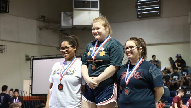 Michala Fielder and Jana Deville are returning to competition for Beau Chene powerlifting.