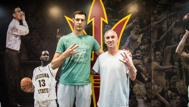 Uros Plavsic, a member of the 2018 recruiting class, poses for a photo with ASU head coach Bobby Hurley.