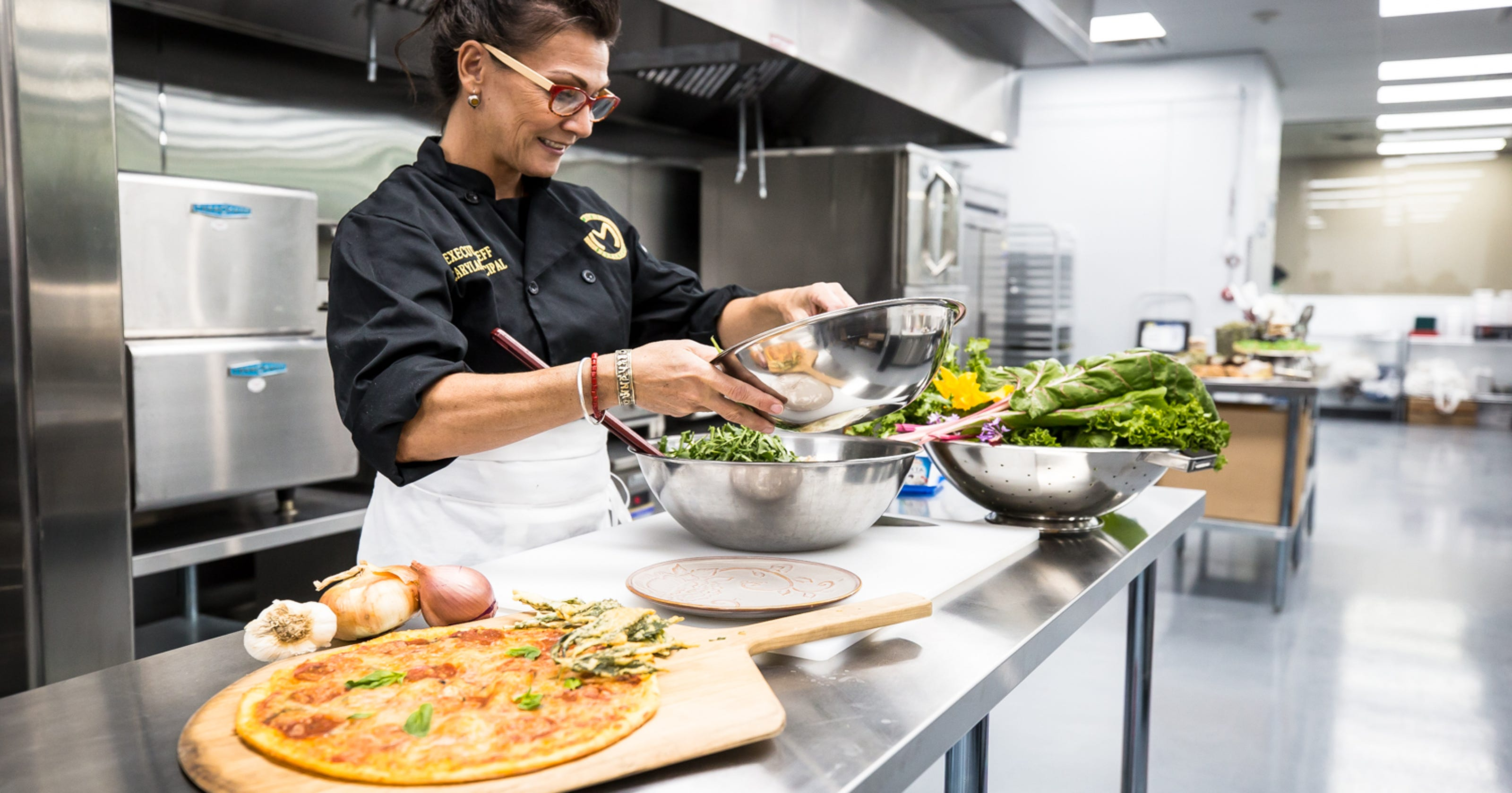Medical marijuana dispensary opens kitchen opens in Tempe
