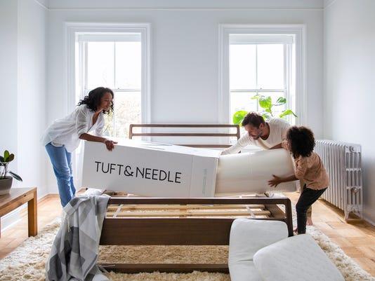 636390001318449197-mattress1AIt-s-hard-to-believe-this-mattress-arrived-inside-this-box-.jpg