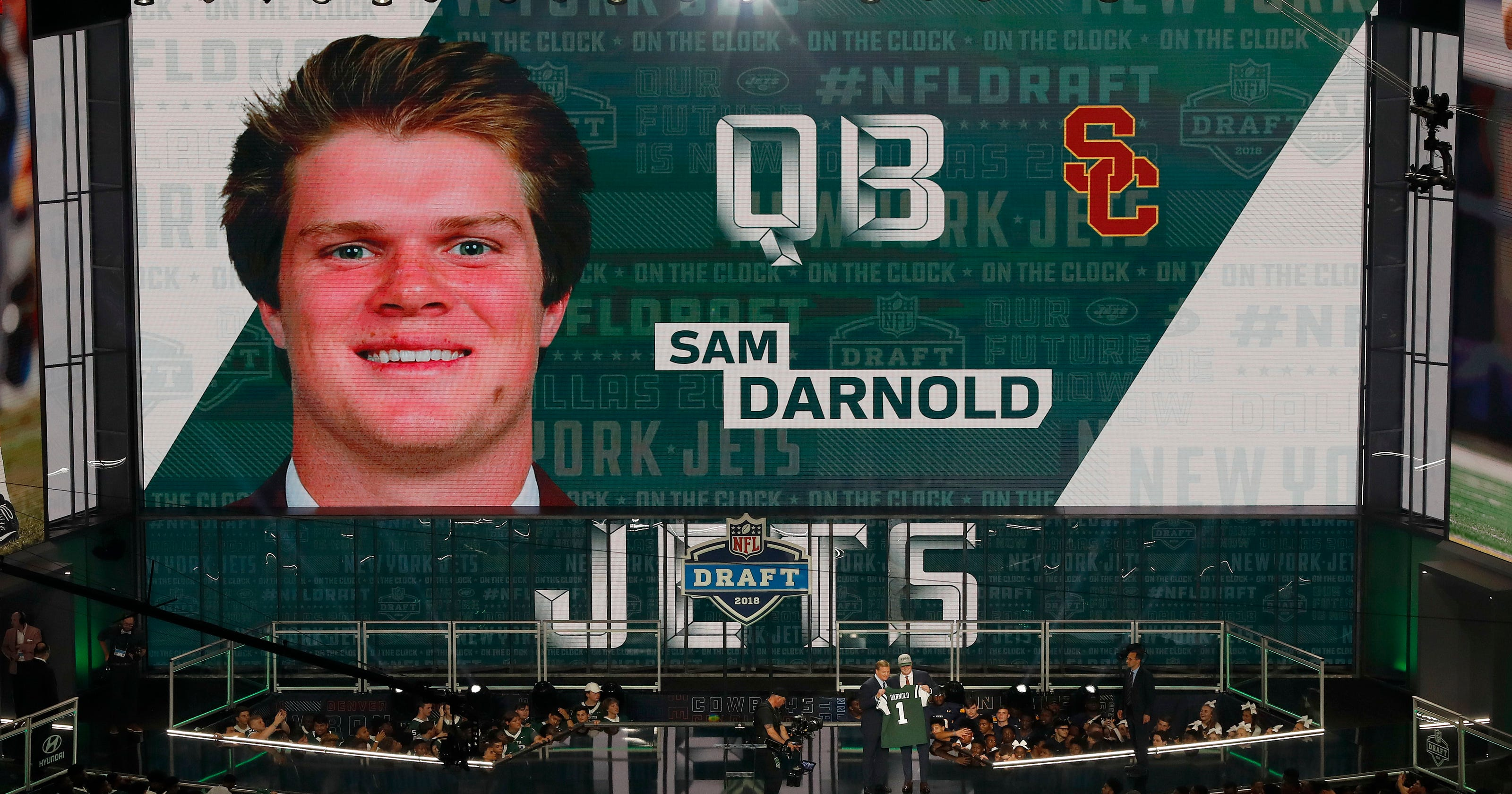 225f95f6e38 Jets draft USC quarterback Sam Darnold with No. 3 pick