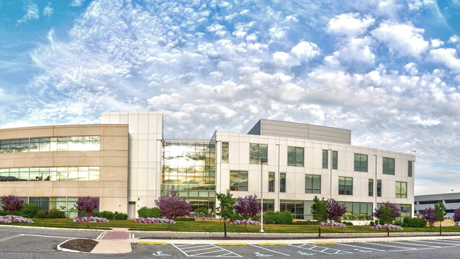 Built in 2006, the 240,000-square-foot 185 Tabor Road is one of the newest and highest quality office buildings in Morris County.