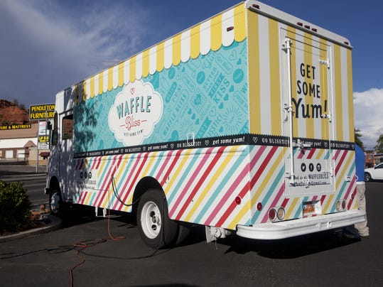 STG 0823 food trucks 05.jpg
