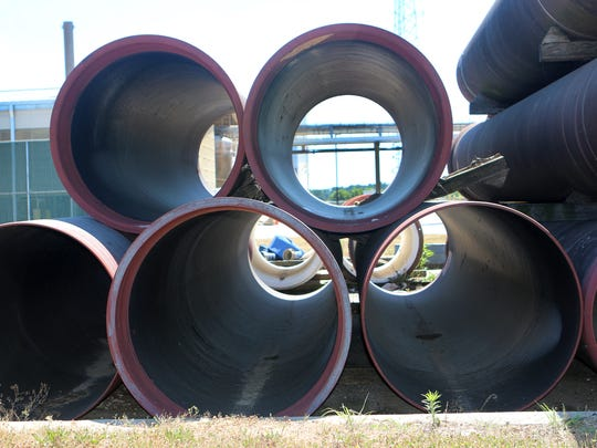 More than 2 1/2 miles of sewer pipe along U.S. 13 in