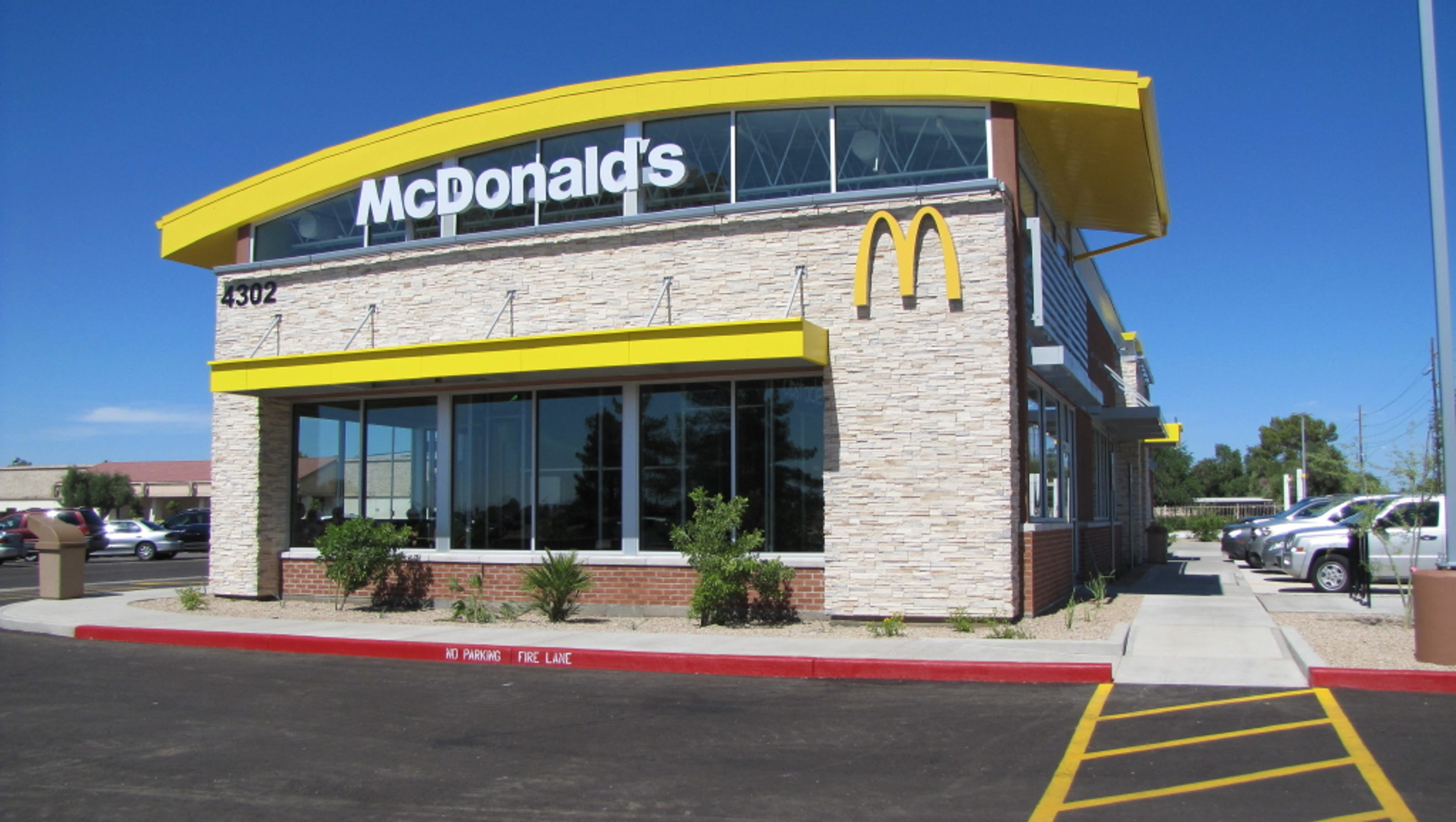 Deals at glendale mcdonald 39 s for weekend reopening for Mcdonalds exterior design