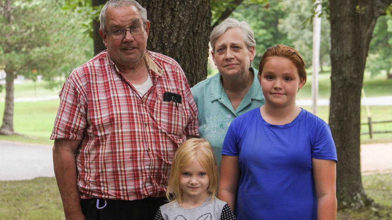 Billy Bibee was at the dentist in with his granddaughter when he discovered they didn't have medical insurance anymore. Since then, the family has lived in worry that something could happen and they wouldn't be able to afford treatment.